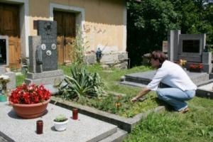 lnare-hrob