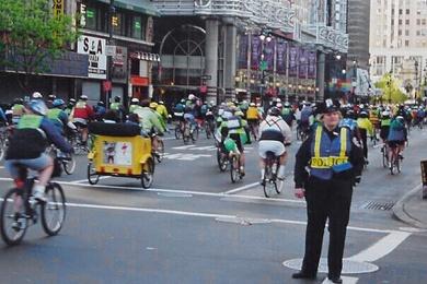 Mega cyklistů