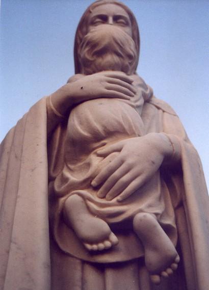 Neapol -uctívající božské ženství